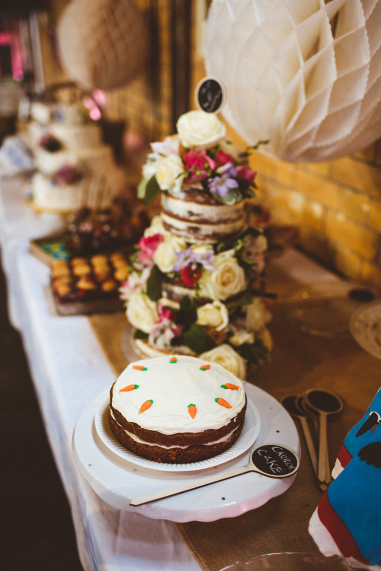 Cake Table Paper Honeycomb White Naked Flowers Industrial Cool Museum Wedding https://photography34.co.uk/