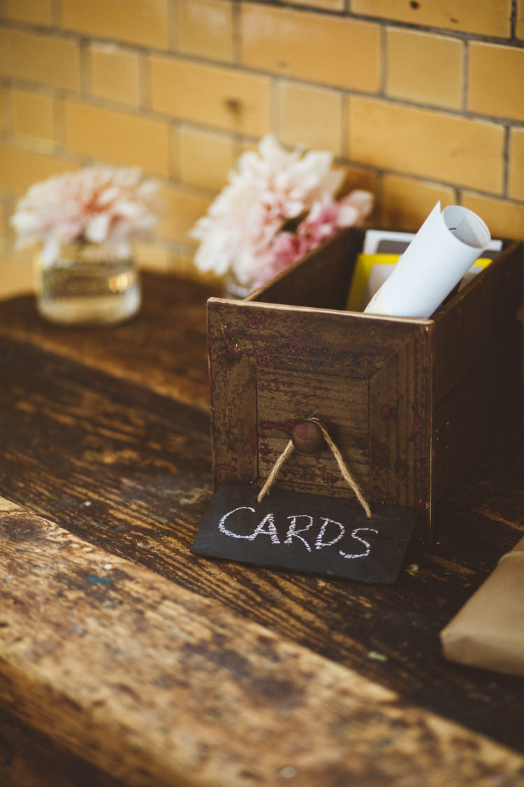 Card Table Vintage Box Flowers Jars Sign Industrial Cool Museum Wedding https://photography34.co.uk/