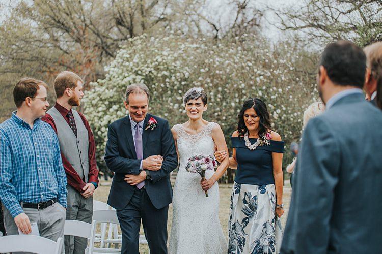 Modern Spring Botanic Garden Wedding Texas http://velvetsagephotography.com/