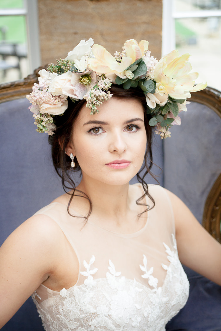 Make Up Bride Bridal Pretty Natural Ethereal Soft Fine Art Wedding Ideas http://lizbakerphotography.co.uk/