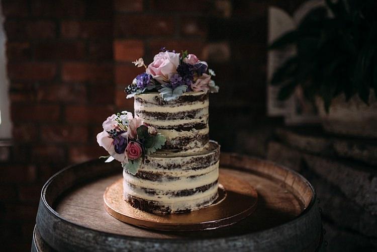 Naked Cake Sponge Layer Beautiful Lilac Garden Wedding New Zealand http://www.levienphotography.com/