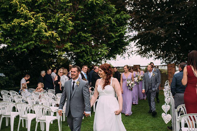 Beautiful Lilac Garden Wedding New Zealand http://www.levienphotography.com/