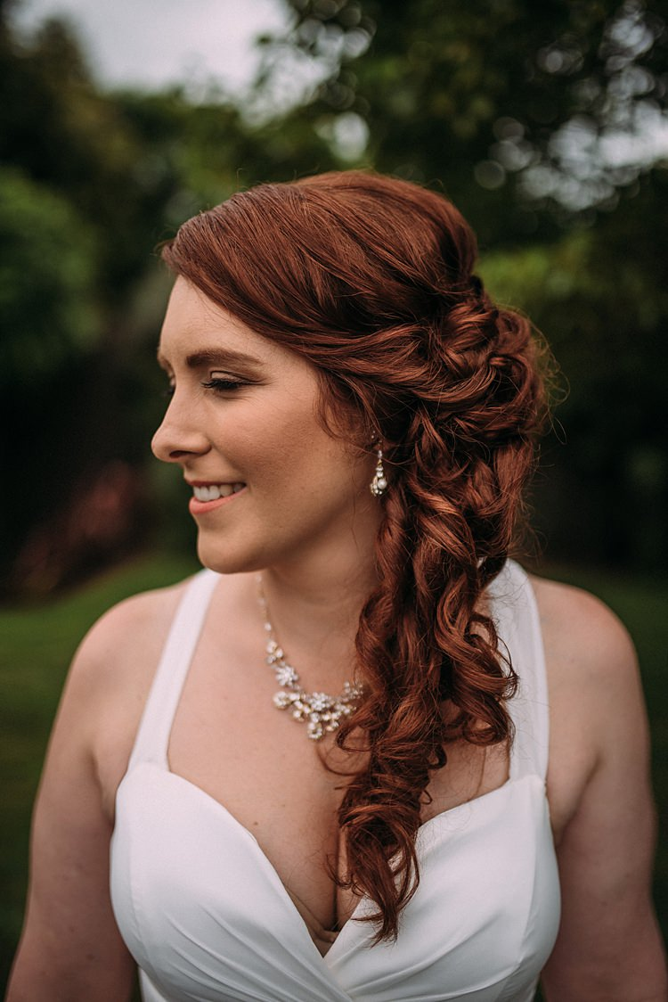 Side Hair Bride Bridal Waves Beautiful Lilac Garden Wedding New Zealand http://www.levienphotography.com/
