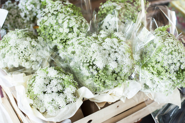 Bouquets Bridesmaid Flowers Chilled Country Boho White Green Wedding http://eleanorjaneweddings.co.uk/