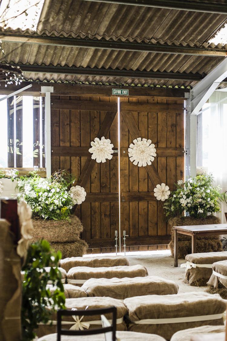 Barn Ceremony Flowers Paper Chilled Country Boho White Green Wedding http://eleanorjaneweddings.co.uk/