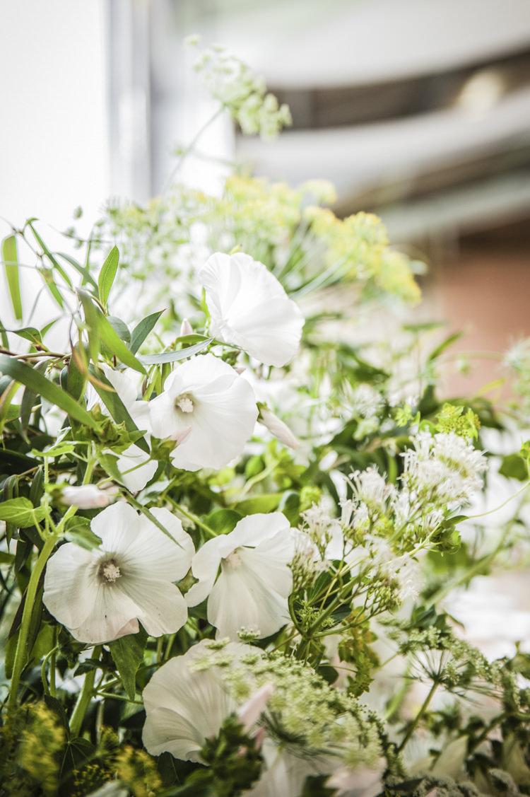 Chilled Country Boho White Green Wedding http://eleanorjaneweddings.co.uk/