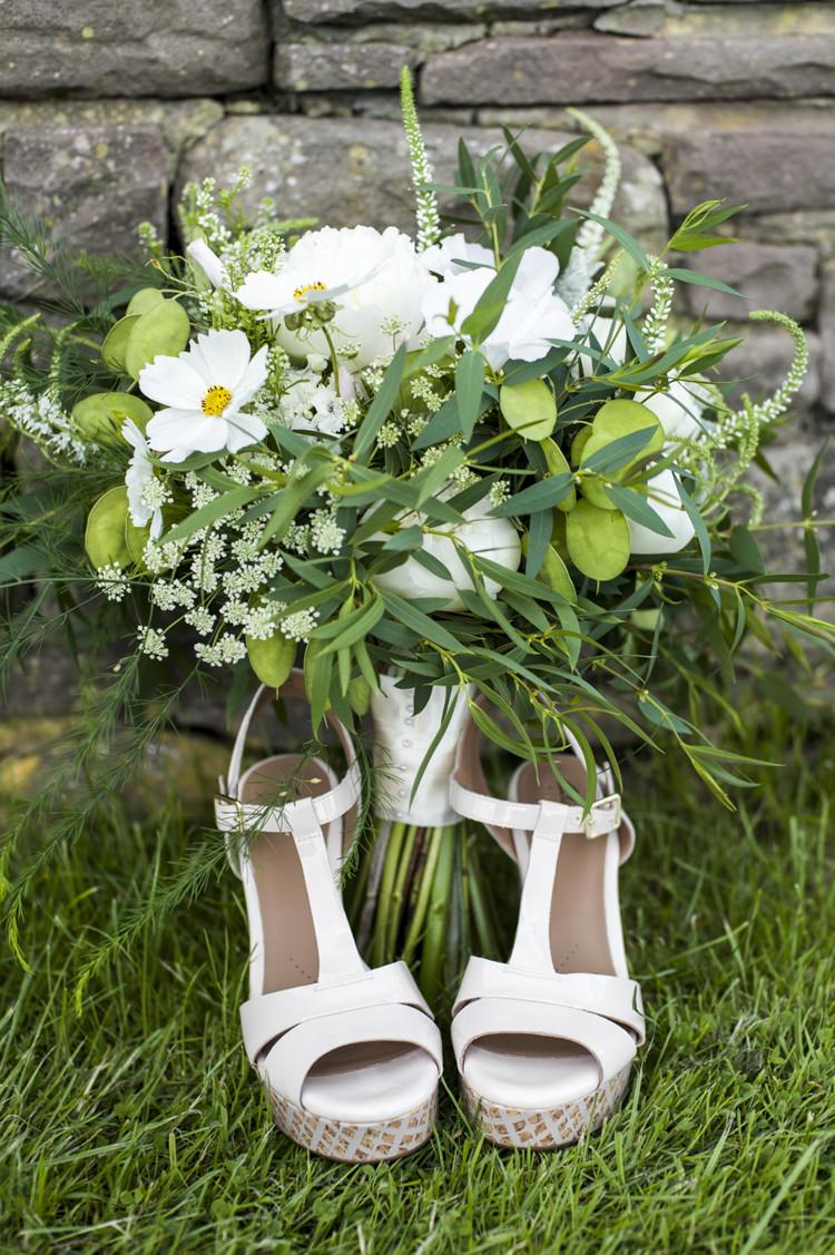 Peony Bouquet Flowers Bride Bridal Foliage Greenery Chilled Country Boho White Green Wedding http://eleanorjaneweddings.co.uk/