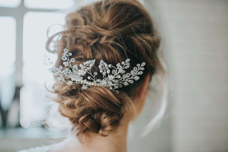Hair Bride Bridal Style Messy Rustic Accessory Industrial Into The Wild Greenery Wedding Ideas http://www.ivoryfayre.com/