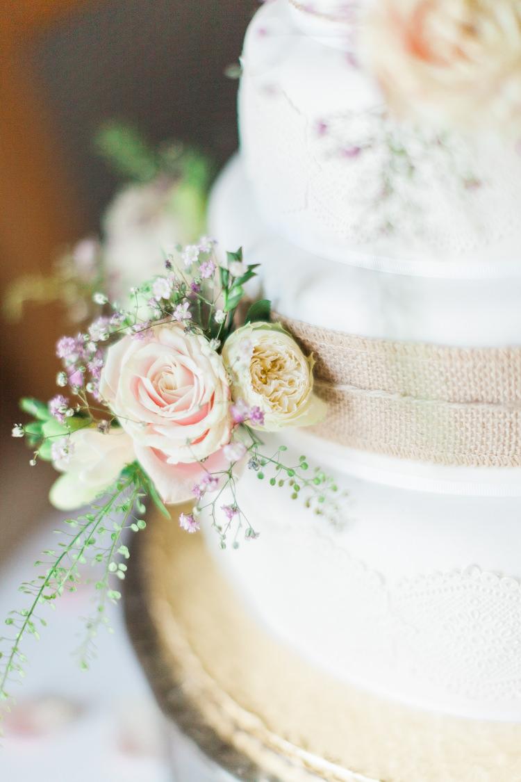 Flowers Cake Hessian Burlap Modern Rustic Ivory Barn Wedding http://vickylamburn.com/