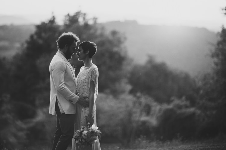 Beautifully Intimate Open Air Wedding Umbria http://www.edpeers.com/
