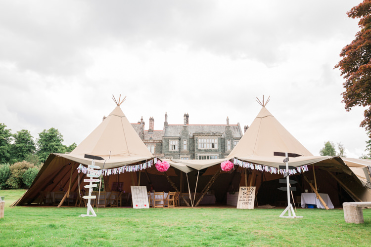 Tipi Pink Decor Tassels Signs Beautifully Romantic Eclectic Tipi Wedding http://www.jobradbury.co.uk/