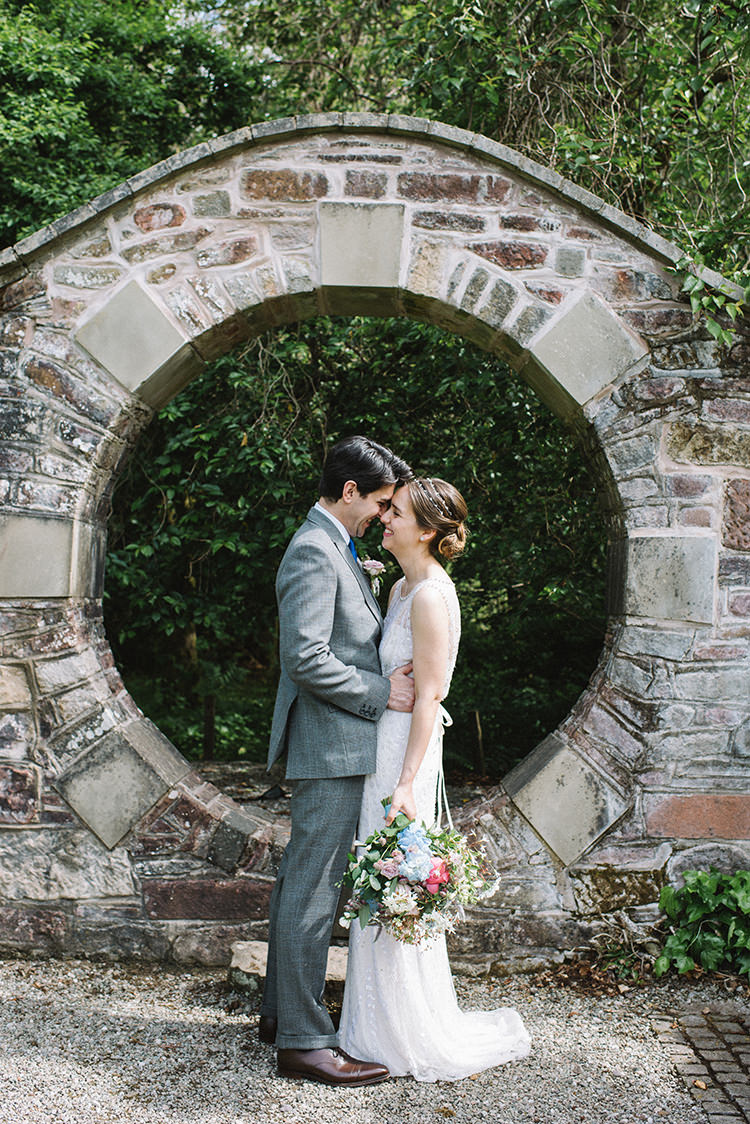 Jenny Packham Bride Bridal Dress Gown Hairpiece Steven Purvis Bespoke Groom Bouquet Pink Blue Peonies Stocks Scenic Outdoor Loch Lomond Wedding http://www.lisadevinephotography.co.uk/