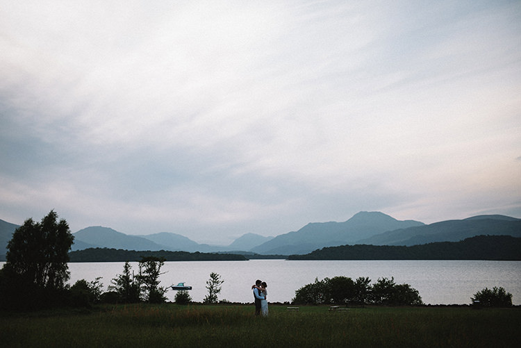 Scenic Outdoor Loch Lomond Wedding http://www.lisadevinephotography.co.uk/