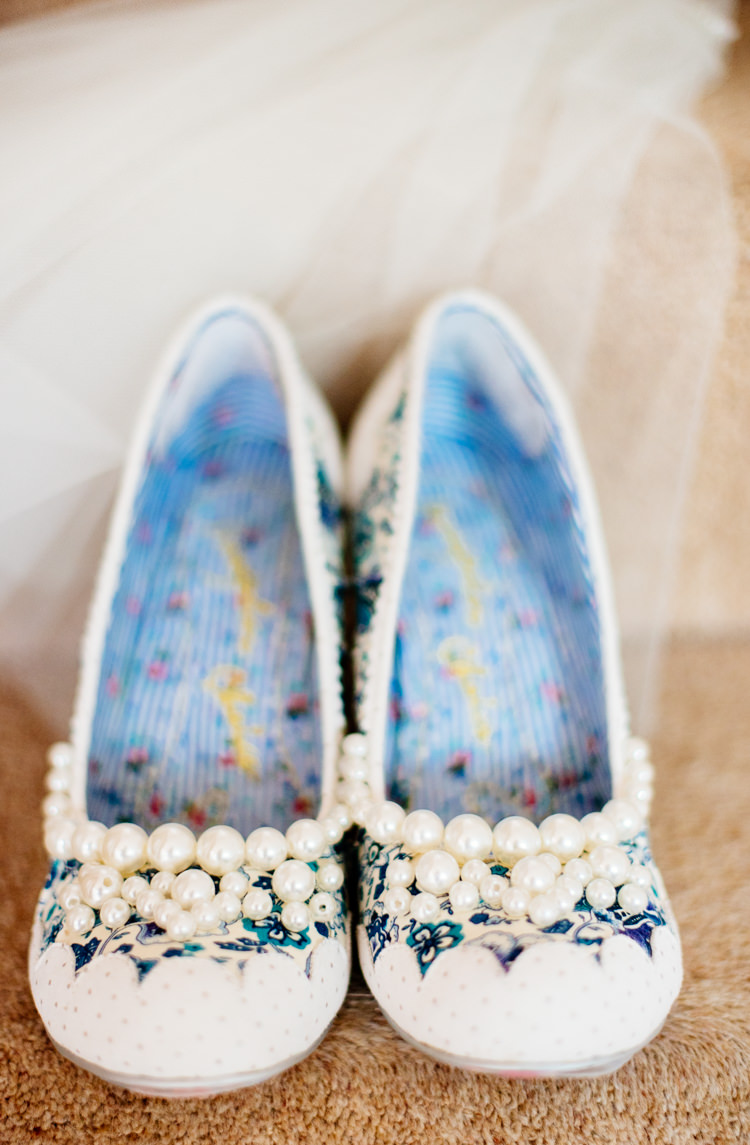 Irregular Choice Shoes Pearls Bride Bridal Quirky Vintage Fun Loving Hall Wedding http://www.karolinasimankowicz.com/