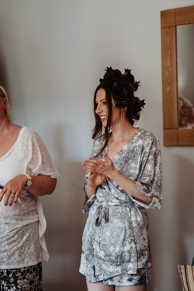 Dressing Gown Bride Bridal Prep Beautifully Relaxed Outdoorsy Barn Wedding http://www.caitlinandjones.co.uk/
