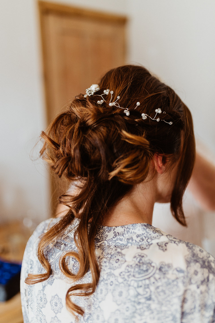 Hair Bride Bridal Style Vine Beautifully Relaxed Outdoorsy Barn Wedding http://www.caitlinandjones.co.uk/