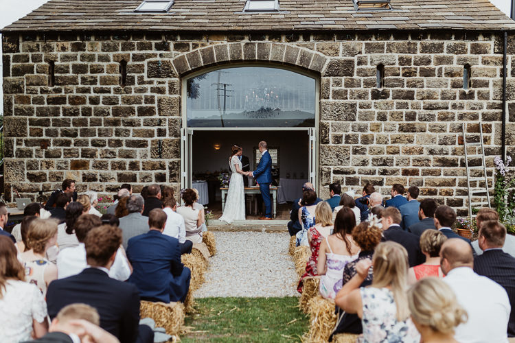 Outdoor Yorkshire Ceremony Barn Hay Bale Beautifully Relaxed Outdoorsy Barn Wedding http://www.caitlinandjones.co.uk/