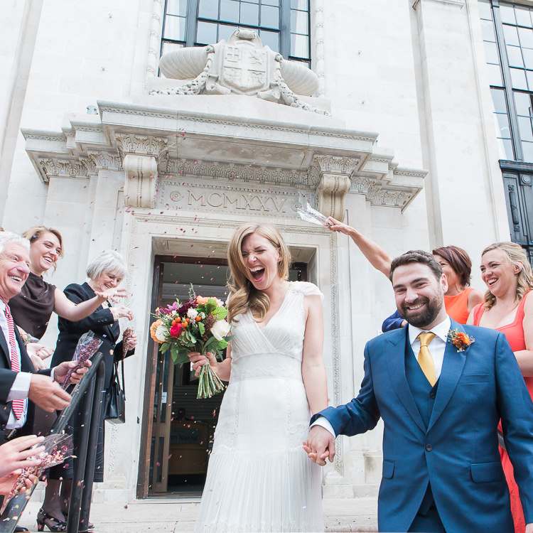 Confetti Throw Bride Groom Intimate Elegant Two Day City Wedding http://siobhanhphotography.com/
