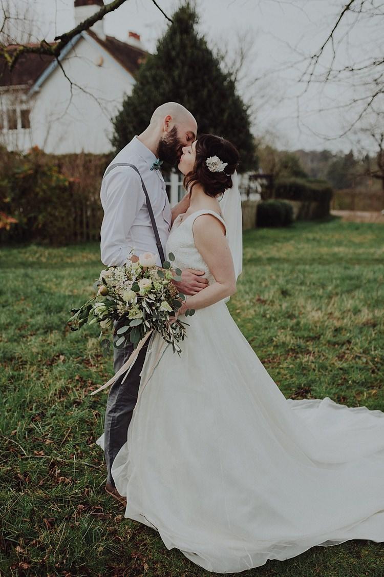 Dress Gown Bride Bridal Straps Ivory & Co Modern Botanical Copper Geometric Wedding Ideas http://www.kategrayphotography.com/
