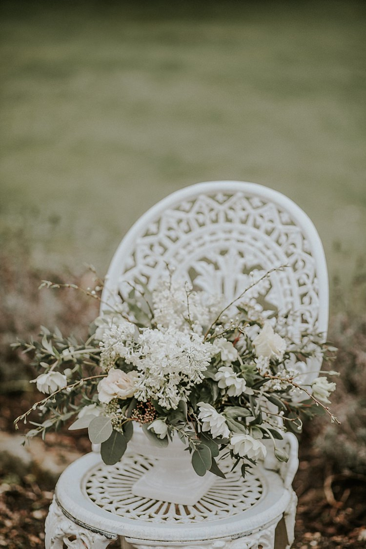 Urn Flowers Wild Natural Organic White Greenery Modern Botanical Copper Geometric Wedding Ideas http://lolarosephotography.com/