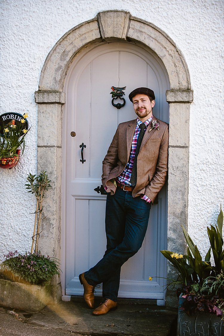 Groom Style Flat Cap Check Shirt Beautiful Countryside Wedding Ideas Inspiration http://www.georginabrewster.com/