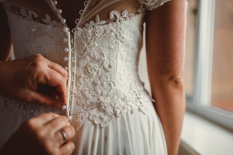 Lace Button Back Dress Gown Rustic Homemade Country Tipi Wedding http://www.pottersinstinctphotography.co.uk/