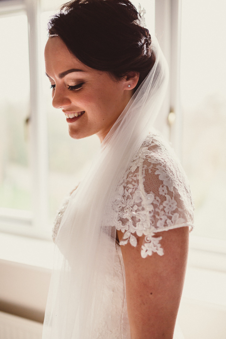 Veil Bride Bridal Lace Sleeve Dress Gown Rustic Homemade Country Tipi Wedding http://www.pottersinstinctphotography.co.uk/