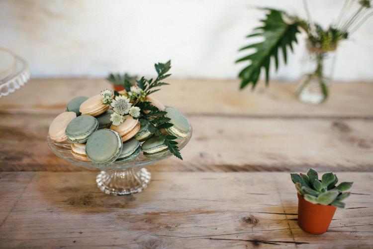 Macarons Minimal Botanical Copper Greenery Wedding http://www.frecklephotography.co.uk/