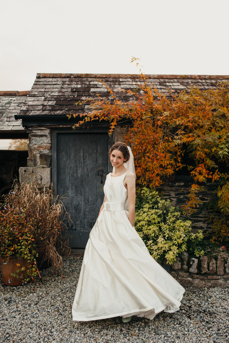 Dress Gown Bride Bridal Pockets Bow Sash Bryony by Sassi Holford Minimal Botanical Copper Greenery Wedding http://www.frecklephotography.co.uk/