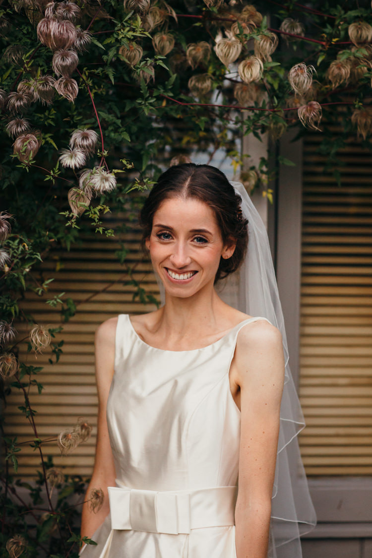 Make Up Bride Bridal Natural Pretty Minimal Botanical Copper Greenery Wedding http://www.frecklephotography.co.uk/
