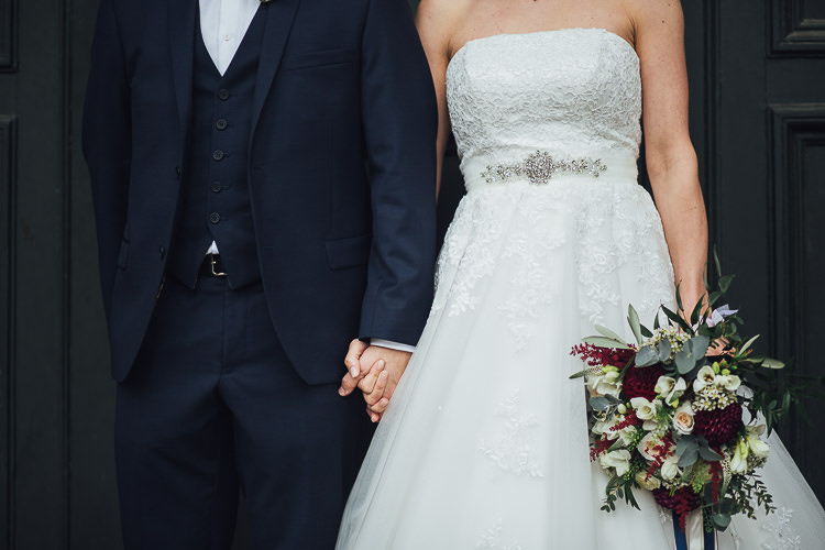 Stylish Lakeside City Wedding http://www.struthphotography.com/