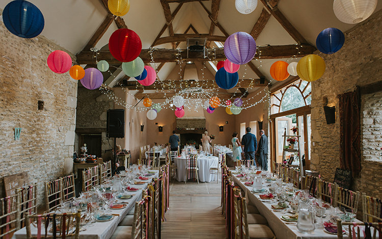Oxleaze Barn Cotswolds Colourful Quirky Down To Earth Wedding http://jenmarino.com/
