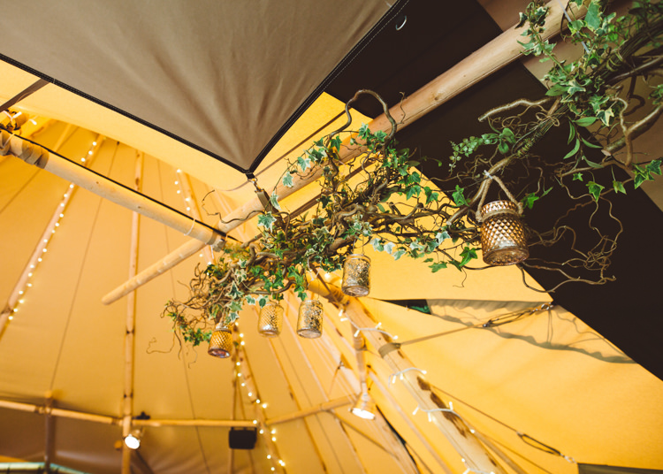 Ivy Fairylights Lanterns Overhead Tipi Hanging Foliage Elegant Unique Pale Pink Tipi Wedding http://holliecarlinphotography.com/