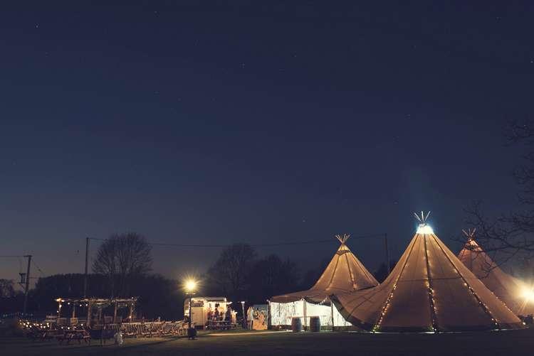Quirky Seaside Farm Wedding http://www.thomasthomasphotography.co.uk/