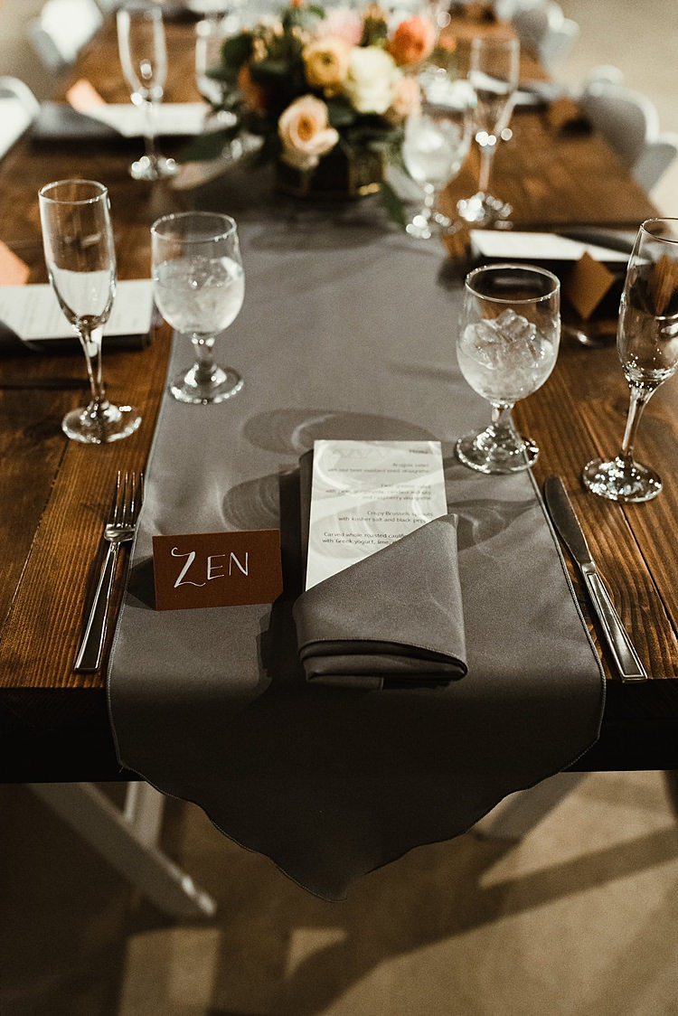Grey Table Runner Cloth Hip Art Gallery Wedding Colorado http://www.lisarundallphotography.com/