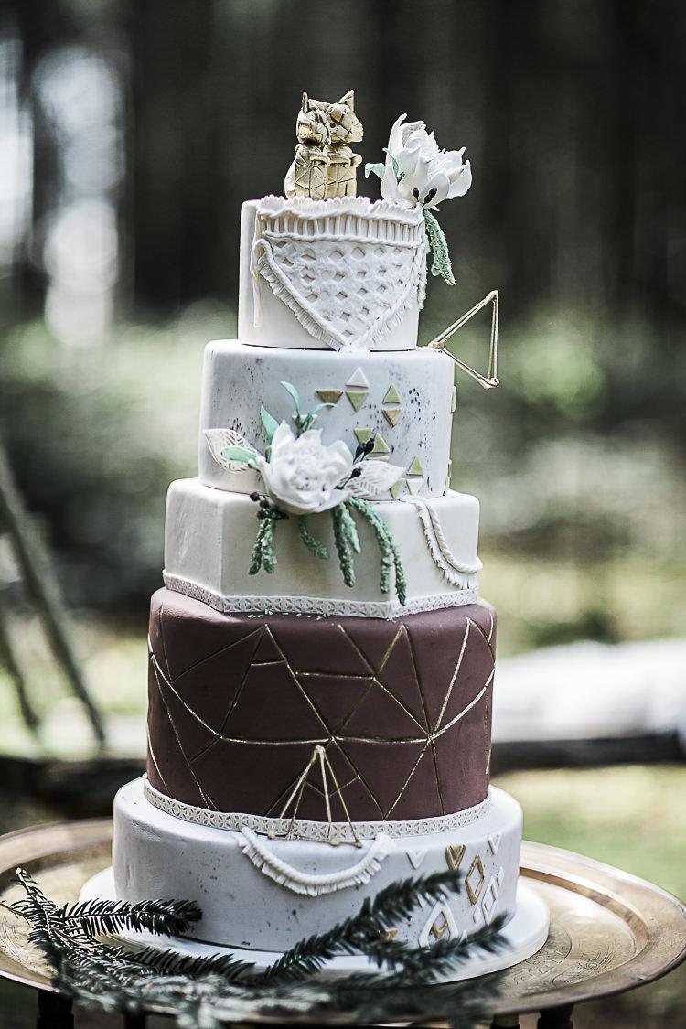 Cake Geometric Whimsical Cool Bohemian Macramé Woodland Wedding Ideas https://samieleephotography.com/