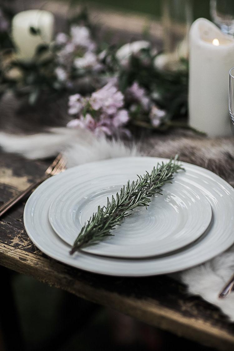 Rosemary Herb Place Setting Plates Bohemian Macramé Woodland Wedding Ideas https://samieleephotography.com/