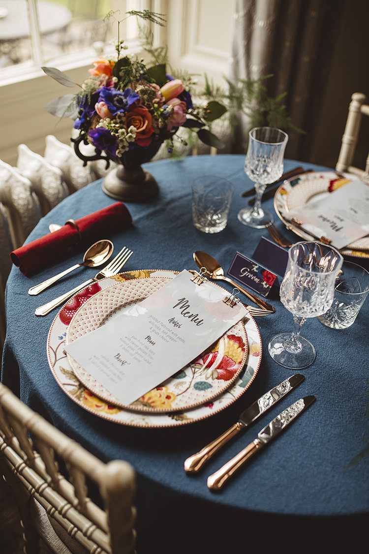 Place Setting Menu Floral Stationery Menu China Dutch Masters Wedding Inspiration https://www.kindredphotography.co.uk/