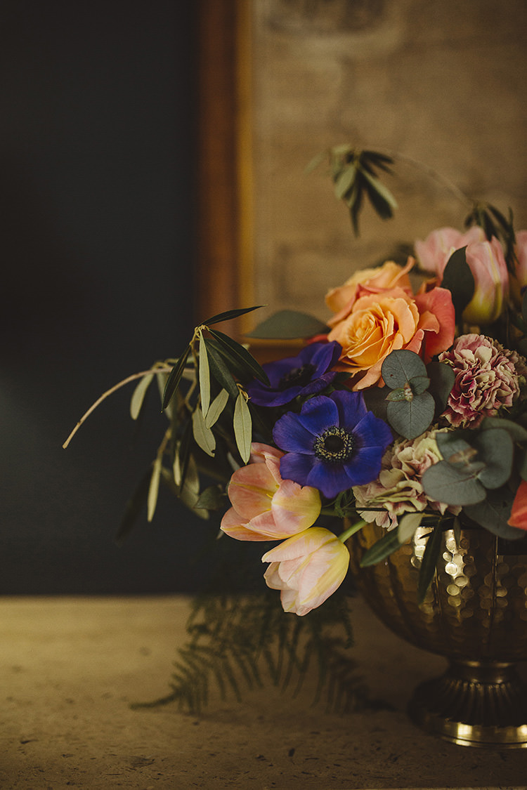 Tulip Rose Flowers Blue Peach Dutch Masters Wedding Inspiration https://www.kindredphotography.co.uk/