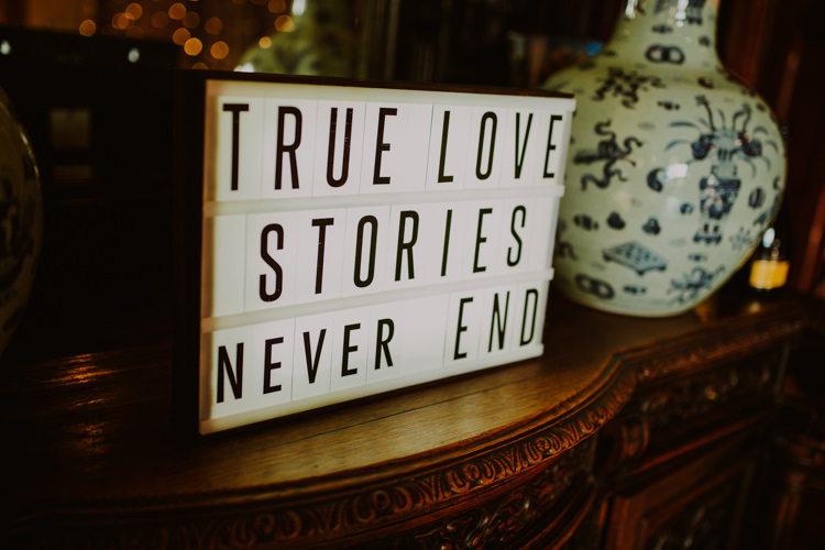 Lightbox Signage True Love Stories Never End 1920s Speakeasy Country House Glamour Wedding https://www.bearscollective.com/