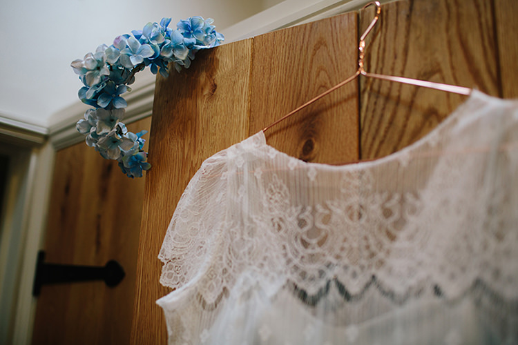 Indie Outdoorsy Cowshed DIY Wedding http://www.danhoughphoto.com/