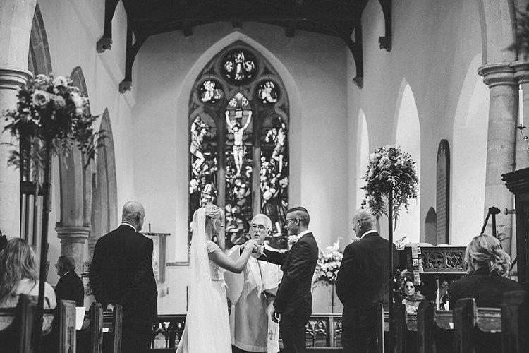 Graceful Walled Garden Wedding http://helenkingphotography.co.uk/