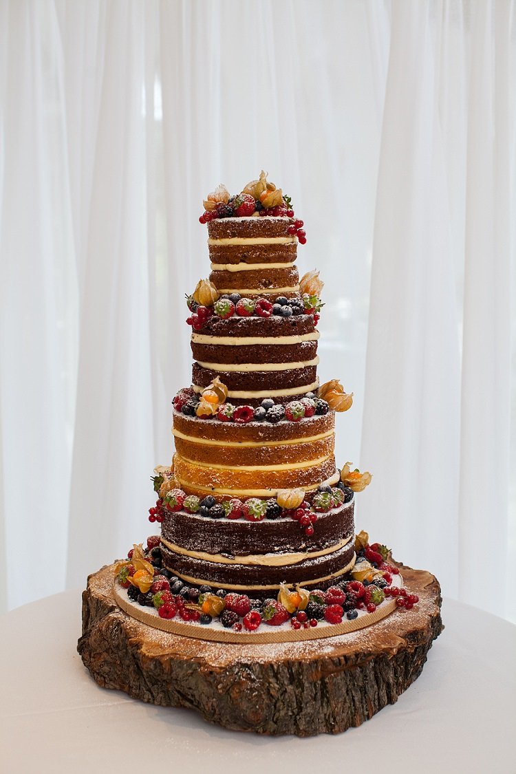Naked Cake Sponge Victoria Layer Cream Fruit Log Stand Graceful Walled Garden Wedding http://helenkingphotography.co.uk/
