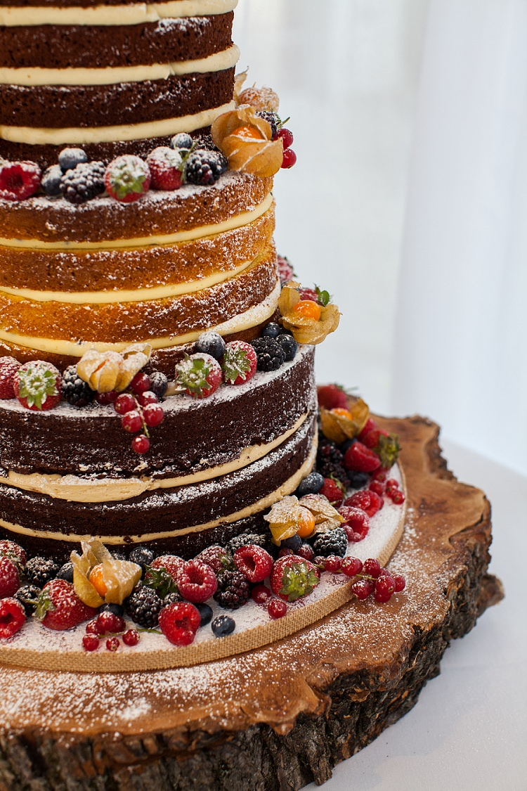 Naked Cake Layer Sponge Log Stand Graceful Walled Garden Wedding http://helenkingphotography.co.uk/