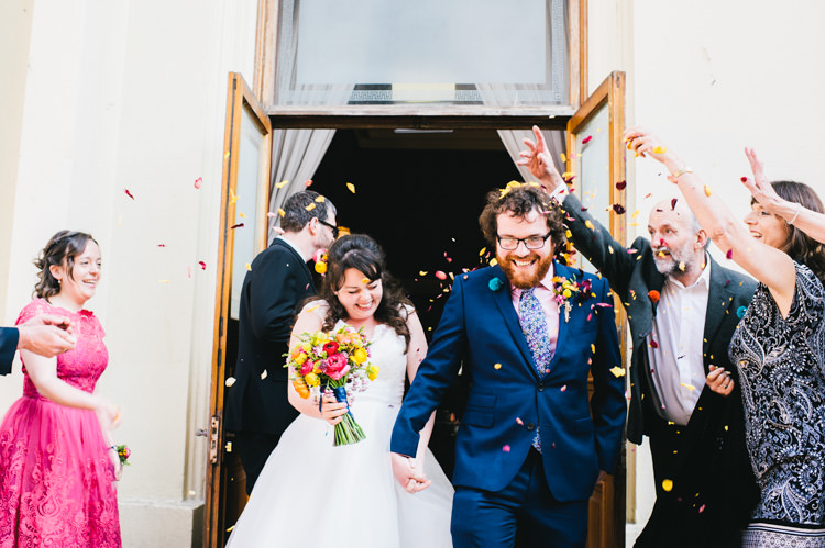 Confetti Throw Bride Groom Brighton Town Hall Alternative Home Made Colourful Wedding http://allisondeweyphotography.co.uk/