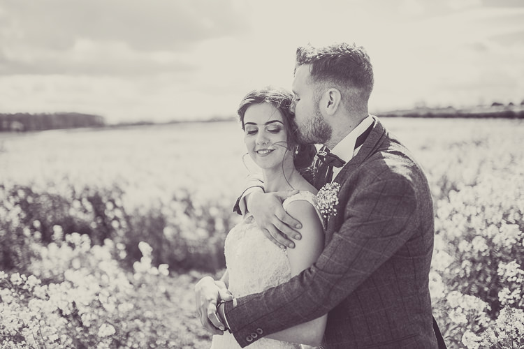 Romantic Soft Pastel Pretty Wedding http://hayleybaxterphotography.com/
