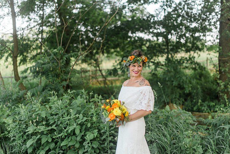 Bride Floral Crown Colourful Bohemian Barn Wedding Pennsylvania http://www.dawn-derbyshire.com/