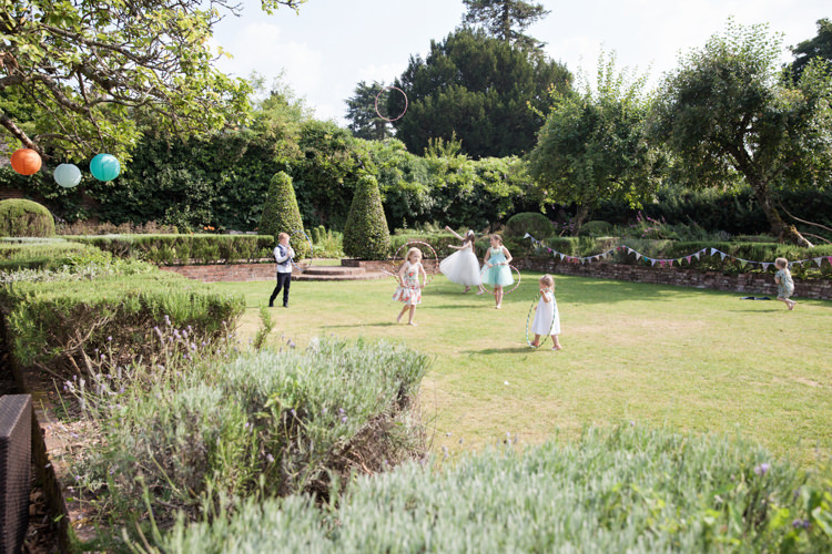 Summer Festival Country Estate Wedding http://kerryannduffy.com/