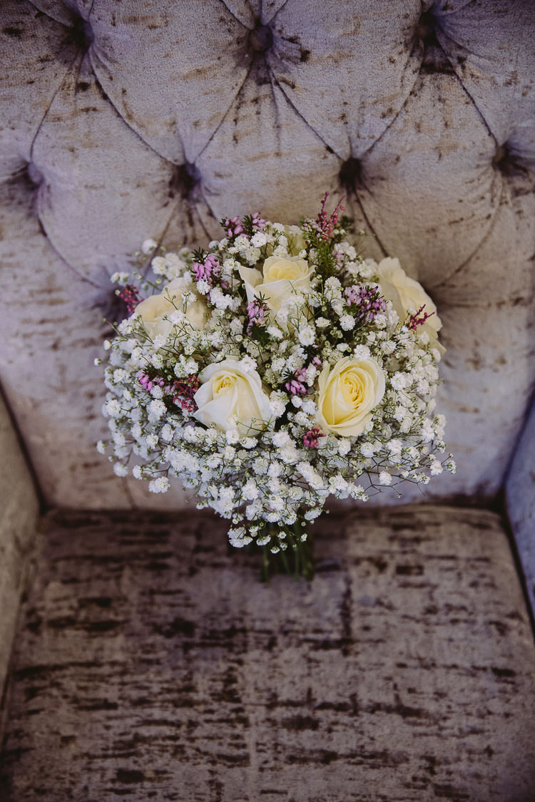 Rose Gyp Gypsophila Baby Breath Bouquet Flowers Bride Bridal Simple Cosy Country Winter Wedding http://hayleybaxterphotography.com/