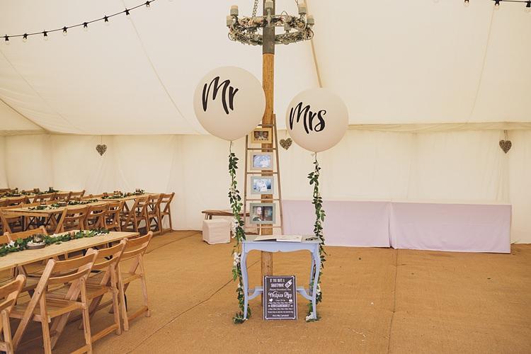 Mr Mrs Balloons Decor Big Stylish Outdoors Glamping Wedding https://www.jessyarwood.co.uk/